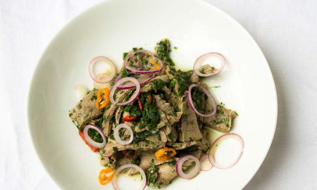 Der allerbeste Salat vom Tafelspitz mit Kräuter-Chili Dressing