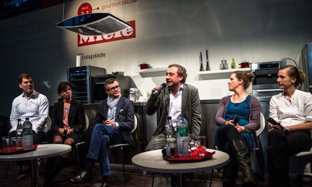 Zum Lesen, Zuschauen, Kochen, Tanzen, Genießen und Umarmen nach Frankfurt und zurück – überwältigende Eindrücke von der Frankfurter Buchmesse 2013