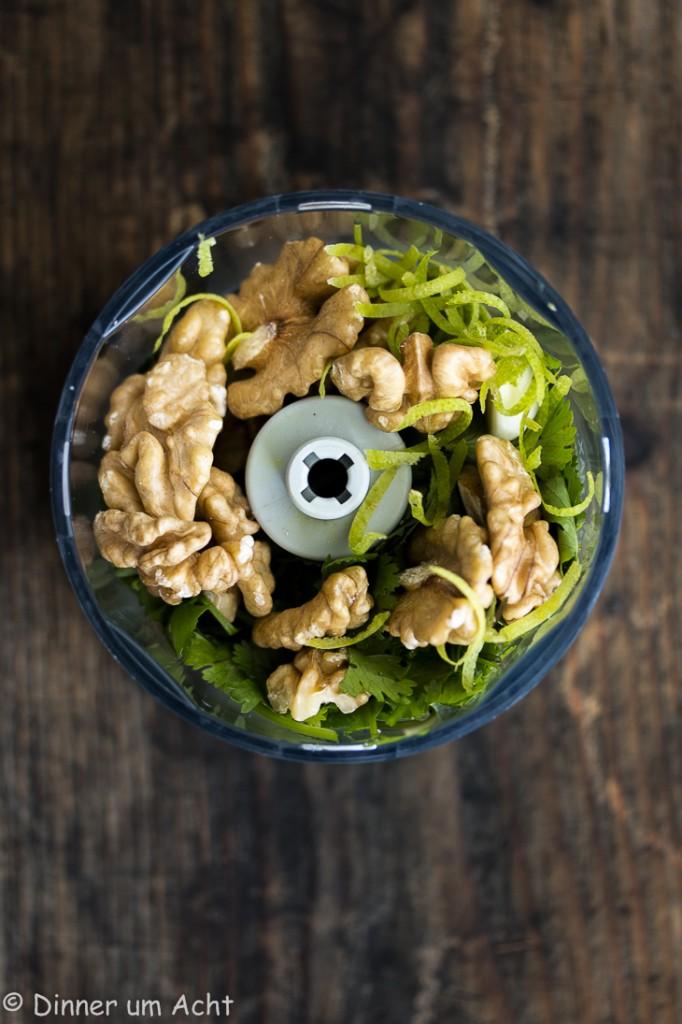 Seidige Maiscremesuppe mit Walnuss-Koriander-Zitronen Pesto (1 von 1)-5