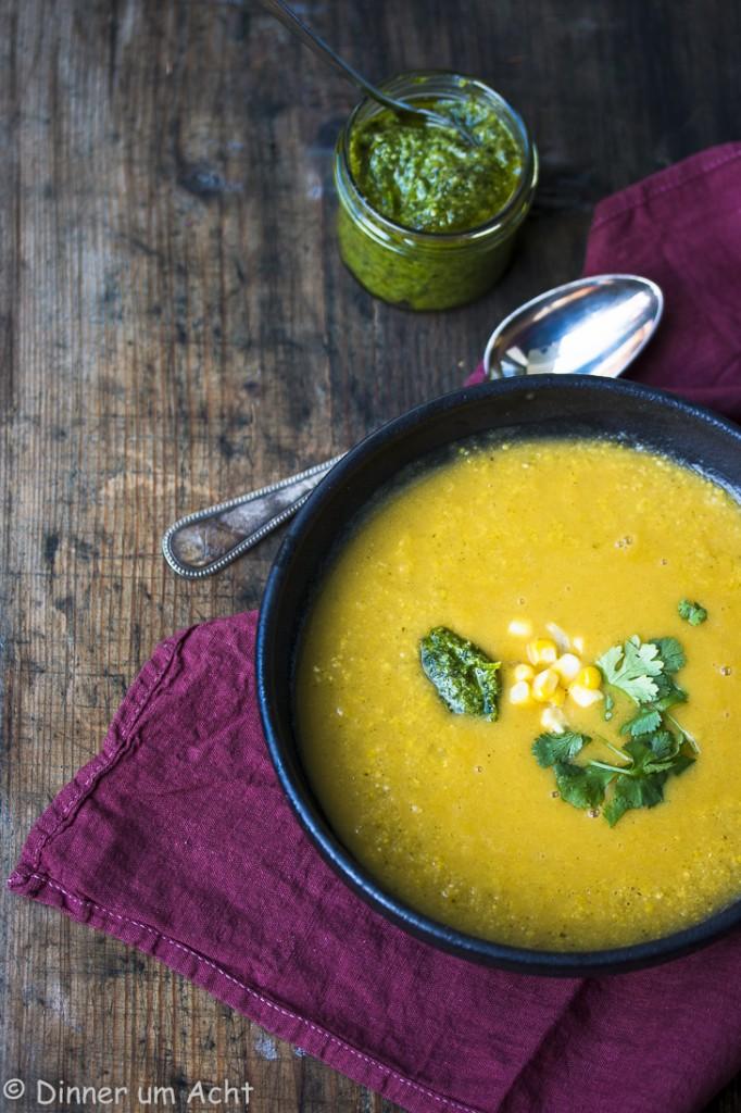 Seidige Maiscremesuppe mit Walnuss-Koriander-Zitronen Pesto (1 von 1)-6