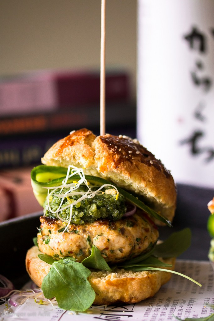 Chicken Burger Koriander Pesto-1
