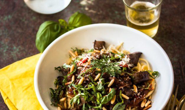 Sizilianische Nudeln – süßlich und scharf und mit Kalbsleber