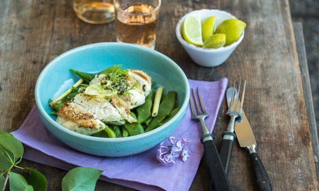 Hühnchenbrust mit Limetten-Koriander Creme und Zitronengras Bohnen