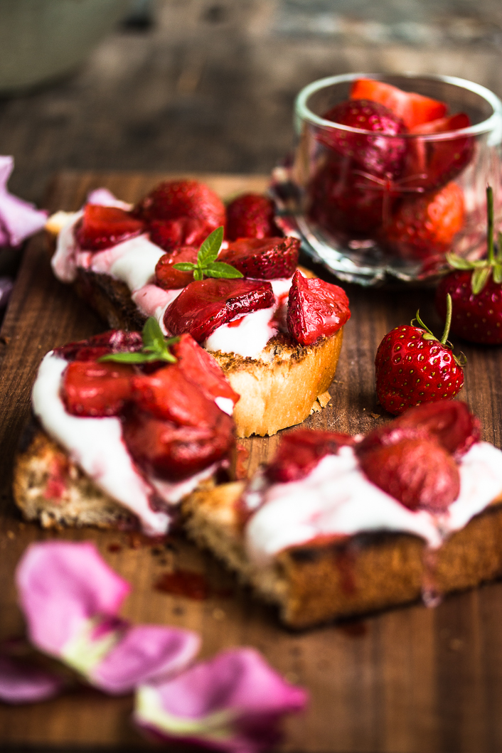 roasted strawberries on rose ricotta-1-3