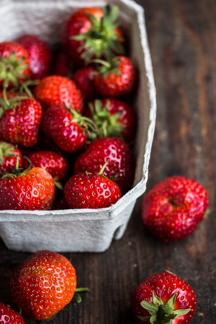 roasted strawberries on rose ricotta-1