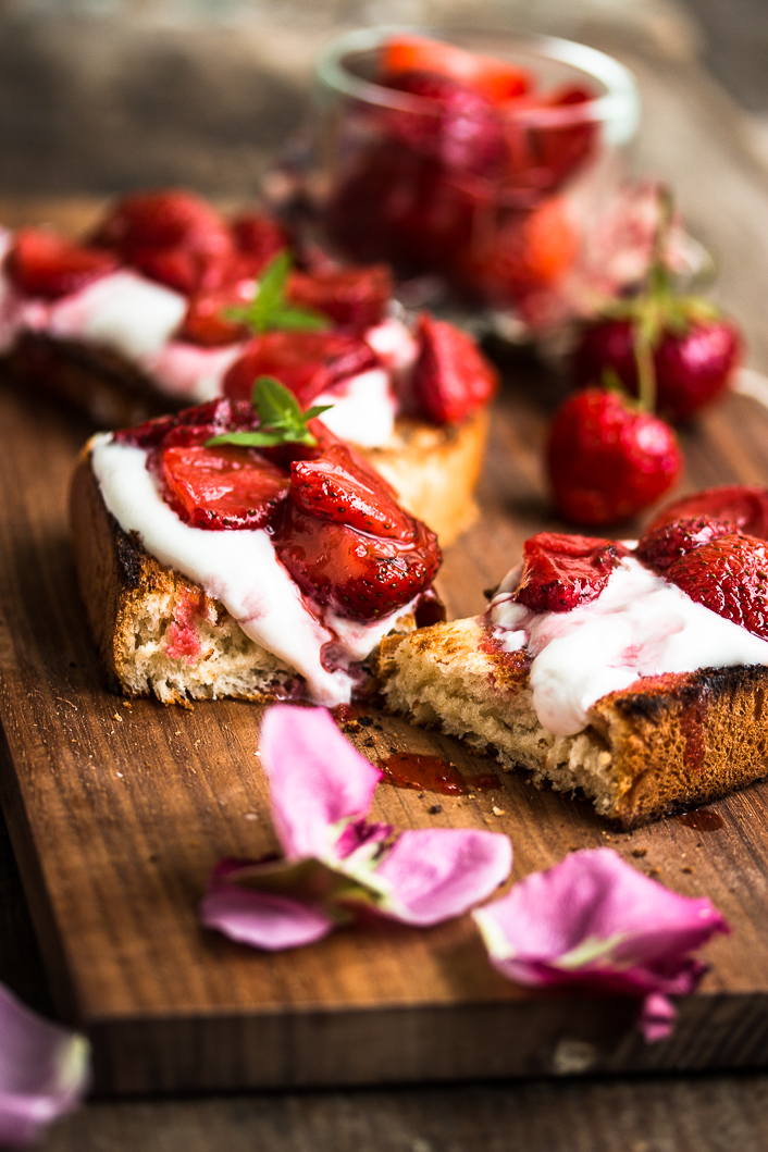 roasted strawberries on rose ricotta-5