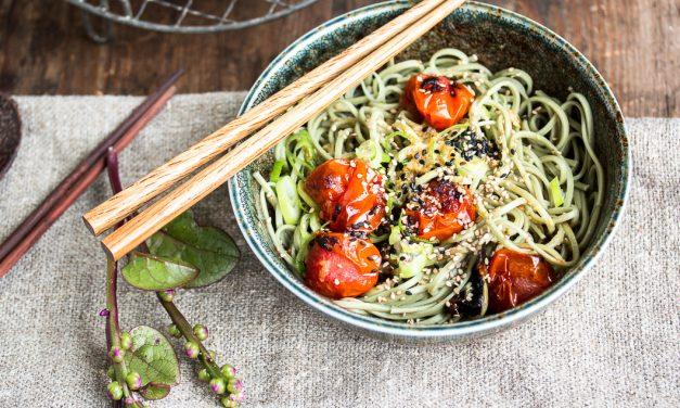 Reden wir über Umami – <br/>über ein Umami Symposium und ein Rezept voller Umami (Misogeröstete Tomaten mit Soba Nudeln)