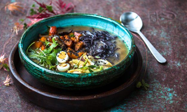 Einstimmung auf Japan mit herbstlicher Miso Ramen Soup und wie es ist, wenn man plötzlich ohne Geld am Gate steht