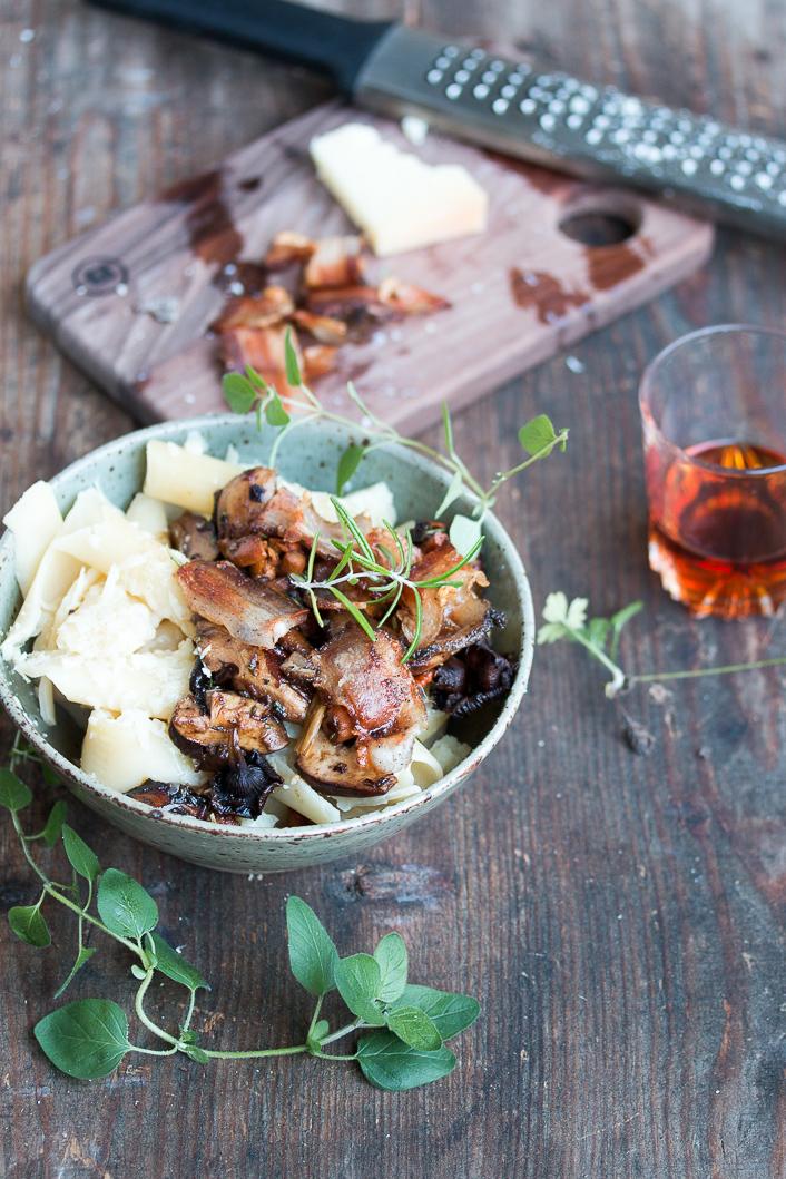 pasta-pancetta-pecorino-mushrooms-9