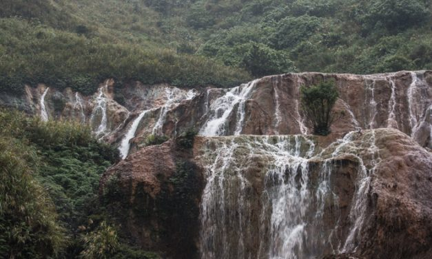 [Taiwan #3] Taipeh, ein Loblied auf die Nudelsuppe, unterwegs mit dem Rad und einmal im Regen zu den Goldwasserfällen