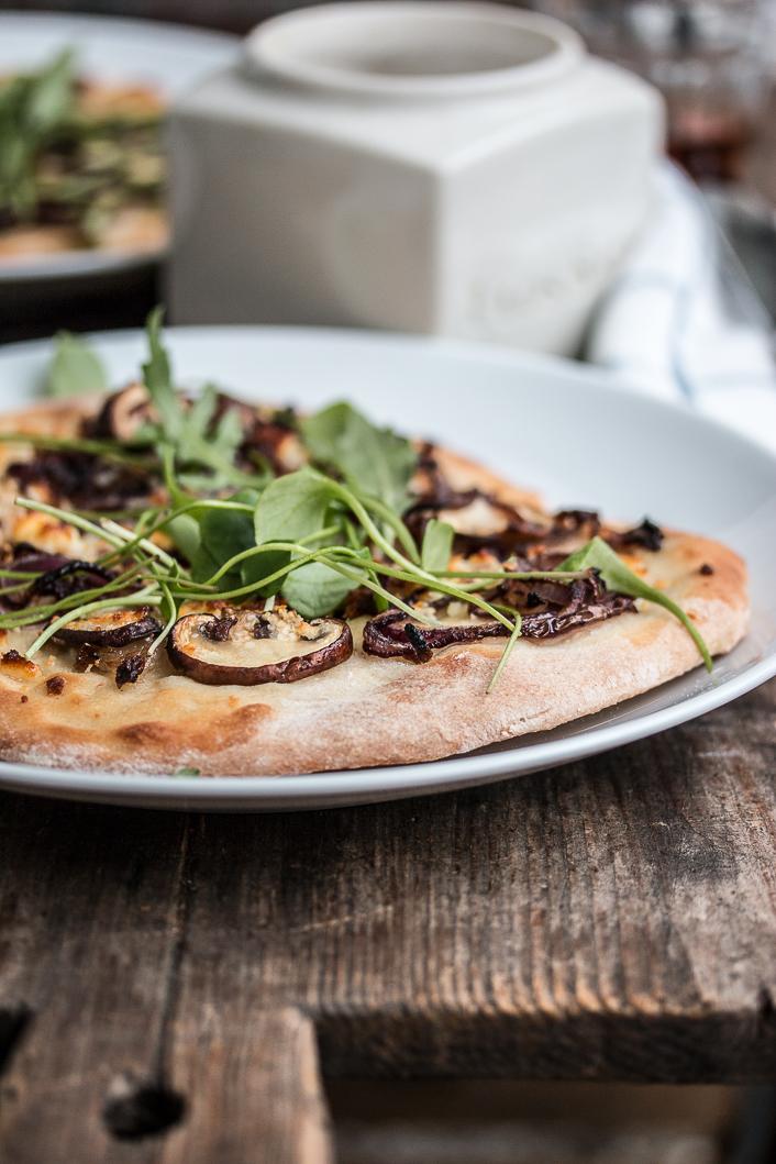 Pizza bianco mit Miso und Pilzen-1