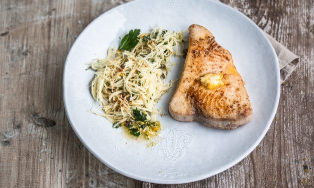 Schwertfisch mit Meyer Lemon Butter und Selleriesalat