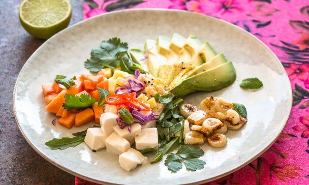 Tofu Ceviche mit Papaya, Mais und Avocado