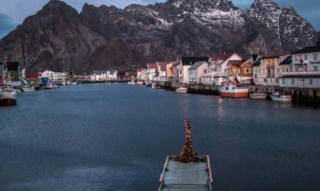 Eine Winterreise in die blaue Polarnacht im Norden Norwegens und warum man genau jetzt hinfahren sollte