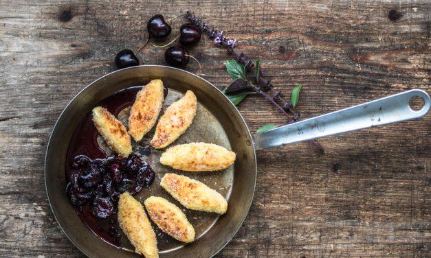 Kulinarisches aus dem Montafon – Polmanodla mit Kirsch-Basilikum Kompott