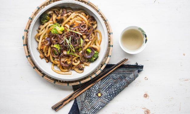 Vegane Udon Noodle Bowl