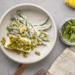 Skrei mit Kurkuma-Minz Kruste und Bohnensalat mit Sesam-Lemon Dressing